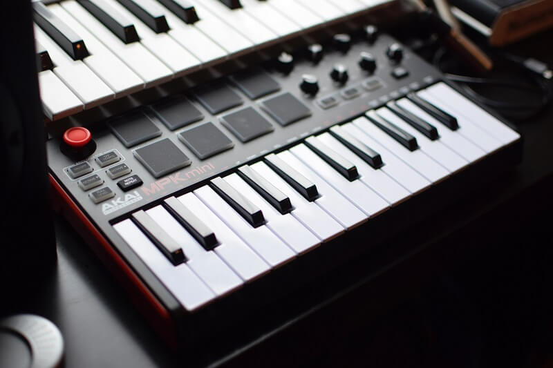 Image of MIDI controller keyboards with trigger pads